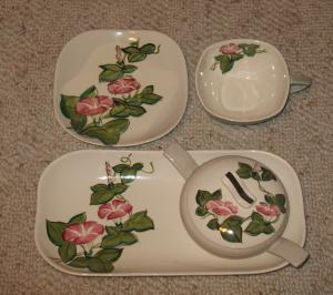 I was given an incomplete set of Red Wing dinnerware that I would like to sell. I would like to verify u2013 is it the Pink Morning Glory pattern in the Concord ... : red wing dinnerware patterns - Pezcame.Com