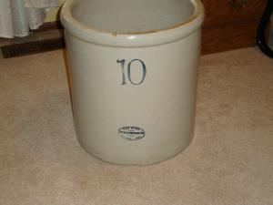 10 Gallon Crock Red Wing Collectors Society Red Wing